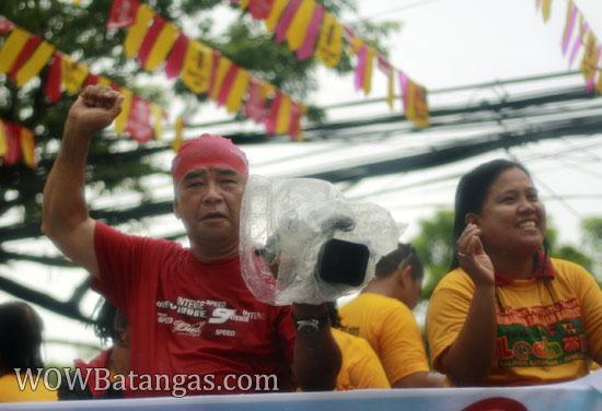 media covering balayan fiesta