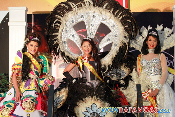 Winners of SM Lipa's Masquerade Pride Parade 2009 - photo by WOWBatangas