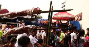 Pista ng Basaan sa Balayan | Parada ng Lechon 2018